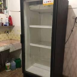 Expositor/Refrigerador Vertical Metalfrio 406 litros