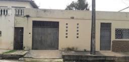 Alugo casa no Parque Pindorama