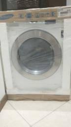 Lava e seca Samsung na caixa