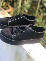 Sapato por 50 $ conservado .