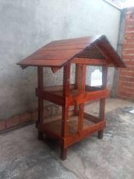 Vende -se um viveiro de tela de aço galvanizado