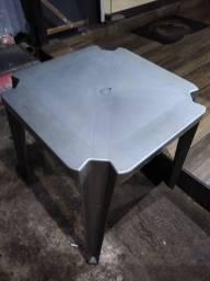 Jogos de mesas e cadeiras