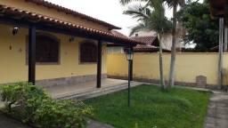 Alugo Casa de 2 Quartos no Condomínio Verde Mar em Araruama!
