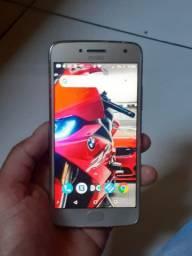 Moto G5 s plus + carregador