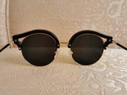 Óculos de sol feminino seminovo
