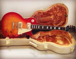 Guitarra EpiPhone Les Paul Standard Cherry Sunburst Plus Case Luxo