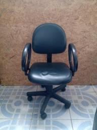 cadeiras para estudo e escritório semi novas
