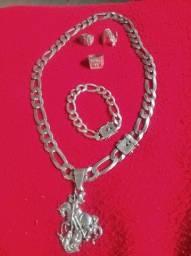 Vendo corda pulseira e dedeira de prata