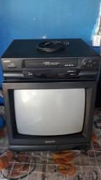 TV e vídeo cassete SANYO
