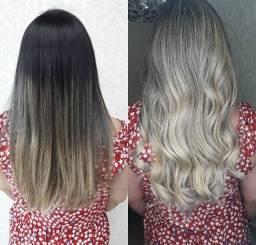 Megarrista e cabeleireira em geral