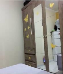 Guarda-roupas Casal 4 portas  6 gavetas com espelho Araplac