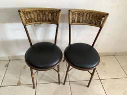 Mesa + 2 cadeiras (ENTREGO)