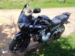 Moto Bandit 1250 cc