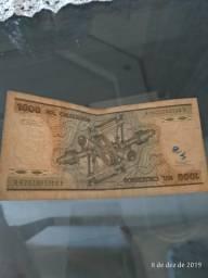 Varias nota de dinheiro