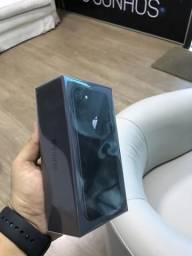 IPhone 8 64gb - Lacrado - 1 ano de garantia