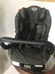 Cadeirinha infantil para automóveis