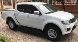 Triton 15/15 aut Top de Linha Angel Veículos - 2015