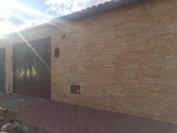 Alugo casa vila serrana 3,rua asfaltada,portões de madeiras jatobá,parte casa forrada co