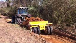 Prestação de serviços agrícolas e terraplanagem