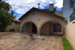 Casa à venda com 3 dormitórios em Vila assunção, Porto alegre cod:BT6463