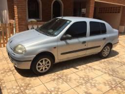 Clio Sedan 1.6 16v. 2001