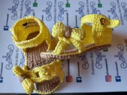 Sapatinhos sandálias de crochê para bebê
