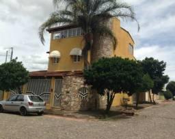 Casa à venda com 3 dormitórios em Belvedere, Divinópolis cod:657913