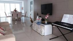 Casa para VENDER com 4 Quartos em Casa Caiada próximo à Praia