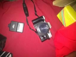 Vendo câmera fotografica semeproficional