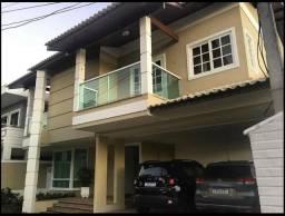 Casa no Condomínio Bouganville com 4 quartos, piscina, sauna, closed e banheira