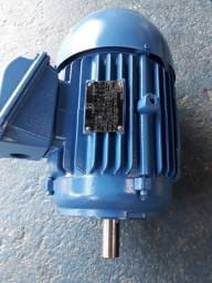 Motor elétrico trifásico Dahlander.