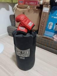 Vendo saco de box infantil com luva