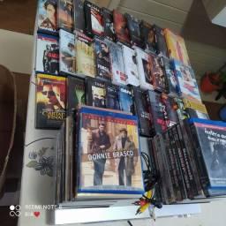 55 DVDs originais + aparelho Dvd em perfeito estado