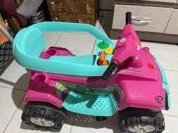 Vendo este carrinho de criança por 350