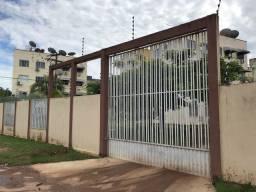 Vendo / alugo apartamento M Julião