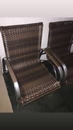Cadeiras de alumínio e fibra