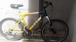 Bicicleta semi-nova /pouco usada valor R$ 850,00