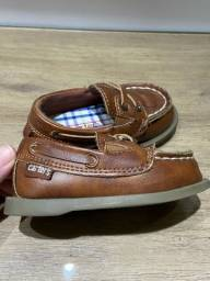 Sapato Carters - tamanho 4 Americano