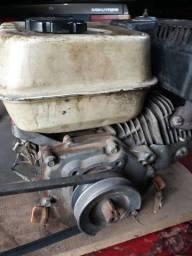 Motor gasolina e bomba de pressão