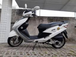 Scooter KASINSKI PRIMA 150cc automática (pouquíssimo rodada) branco pérola