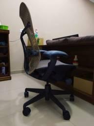 Cadeira Herman miller mirra completa