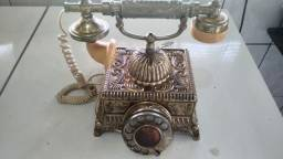 Telefone antigo de disco