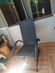 Vendo cadeira de balanço 130