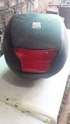 Vendo um bau de moto  por 150
