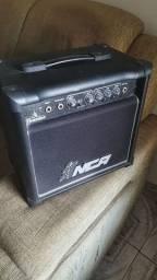 Amplificador pequeno para guitarra NCR THUNDER