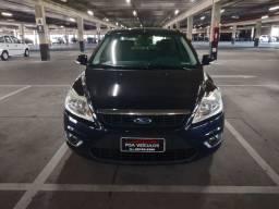 Focus Sedan Guia ( impecável )
