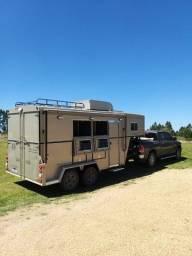 Trailer Halley - 2 cavalos e apartamento completo