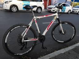 Bicicleta aro 26 freio a disco,troco em bike motorizada