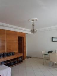 Título do anúncio: Vendo apartamento no Grageru, excelente localização, 105m², reformado, Norte/Leste