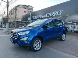Ford ecosport titanium 2019 top de linha com teto na cor azul sem detalhes